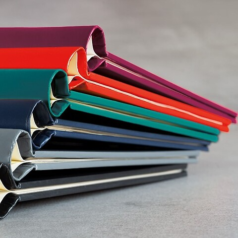 Springback Binder PEKA A4, Capacity: 150 pages maximum, Size: 220x305x25 mm
