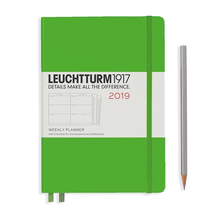 Weekly Planner Medium (A5) 209 + extra booklet, Fresh Green, English