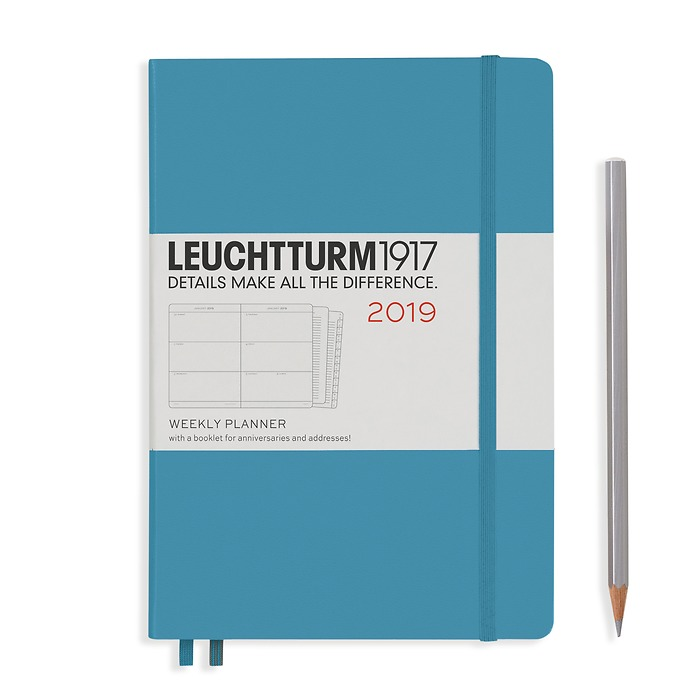 Weekly Planner Medium (A5) 2019 + extra booklet, Nordic BlueEnglish