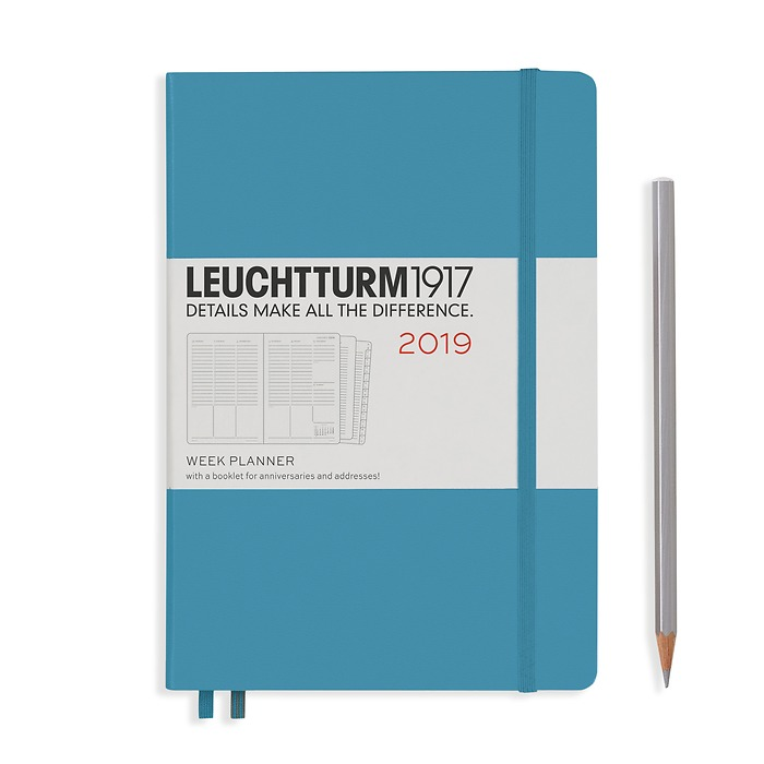 Week Planner 12 Months Medium(A5) 2019 + extra booklet, Nordic Blue, English
