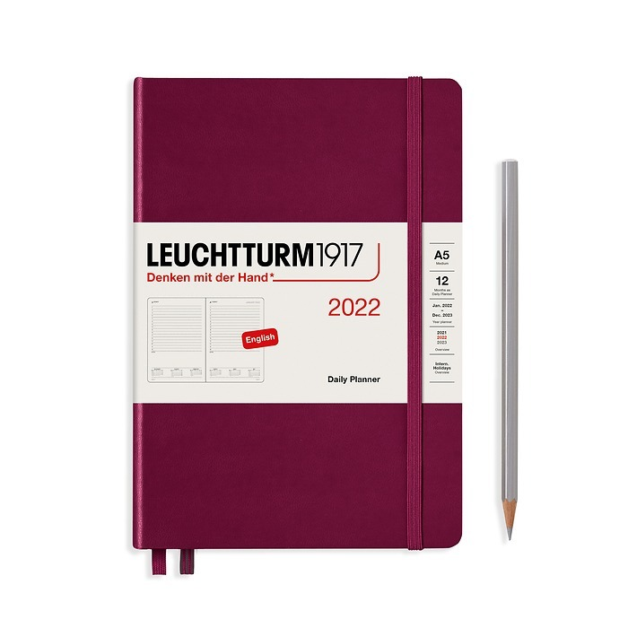 Daily Planner Medium (A5) 2022, Port Red, English